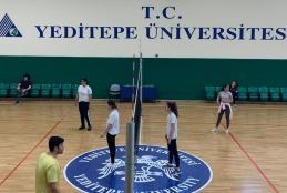 Eczacılık Fakültesi Sınıflararası Voleybol Turnuvası